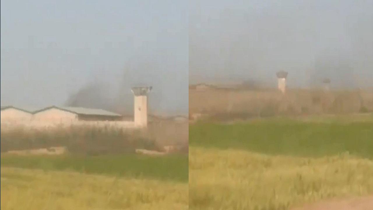 شاهد.. إشعال نزلاء النيران داخل سجن إيراني
