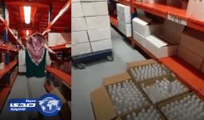 بالفيديو.. عمالة وافدة تبيع معقمات مغشوشة وتورط مواطن في التستر عليهم