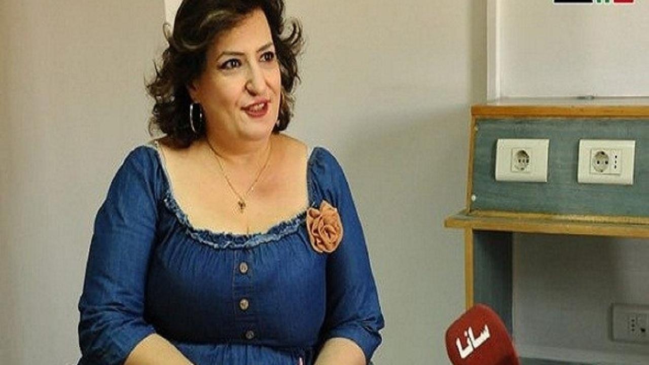 طبيبة سورية تبيع وطنها وتُرحب بـ كورونا طالما جاء من إيران