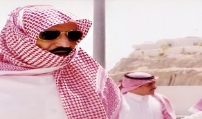 صورة لخادم الحرمين خلال موسم الحج قبل 21 عامًا