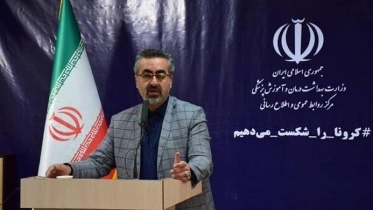 شاهد.. متحدث الصحة الإيراني داخل حشد جنائزي لنقل فيروس كورونا
