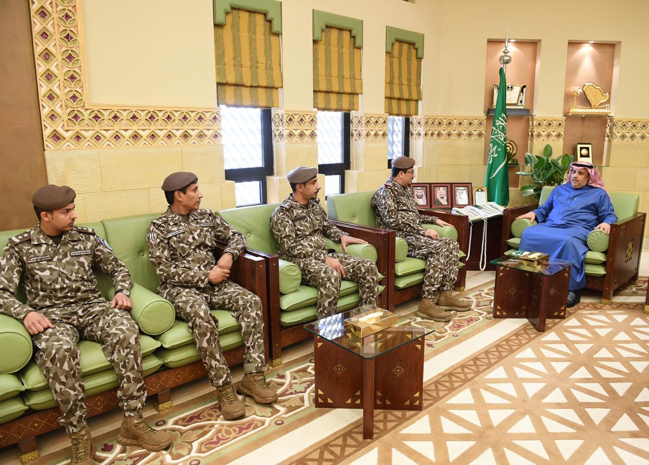 وكيل إمارة الرياض يلتقي بقائد القوات الخاصة للأمن البيئي