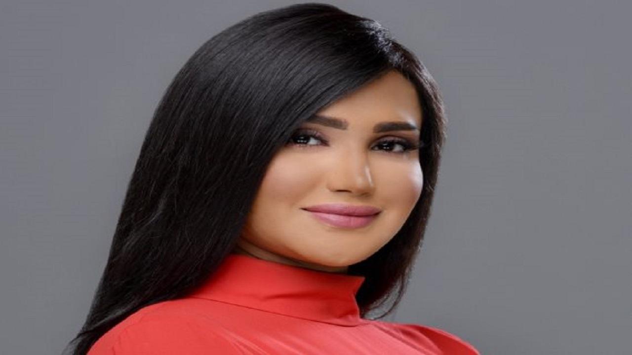 شاهد.. أول تعليق لـ الإعلامية سمية الشيخ بعد حصولها على سيارة فخمة