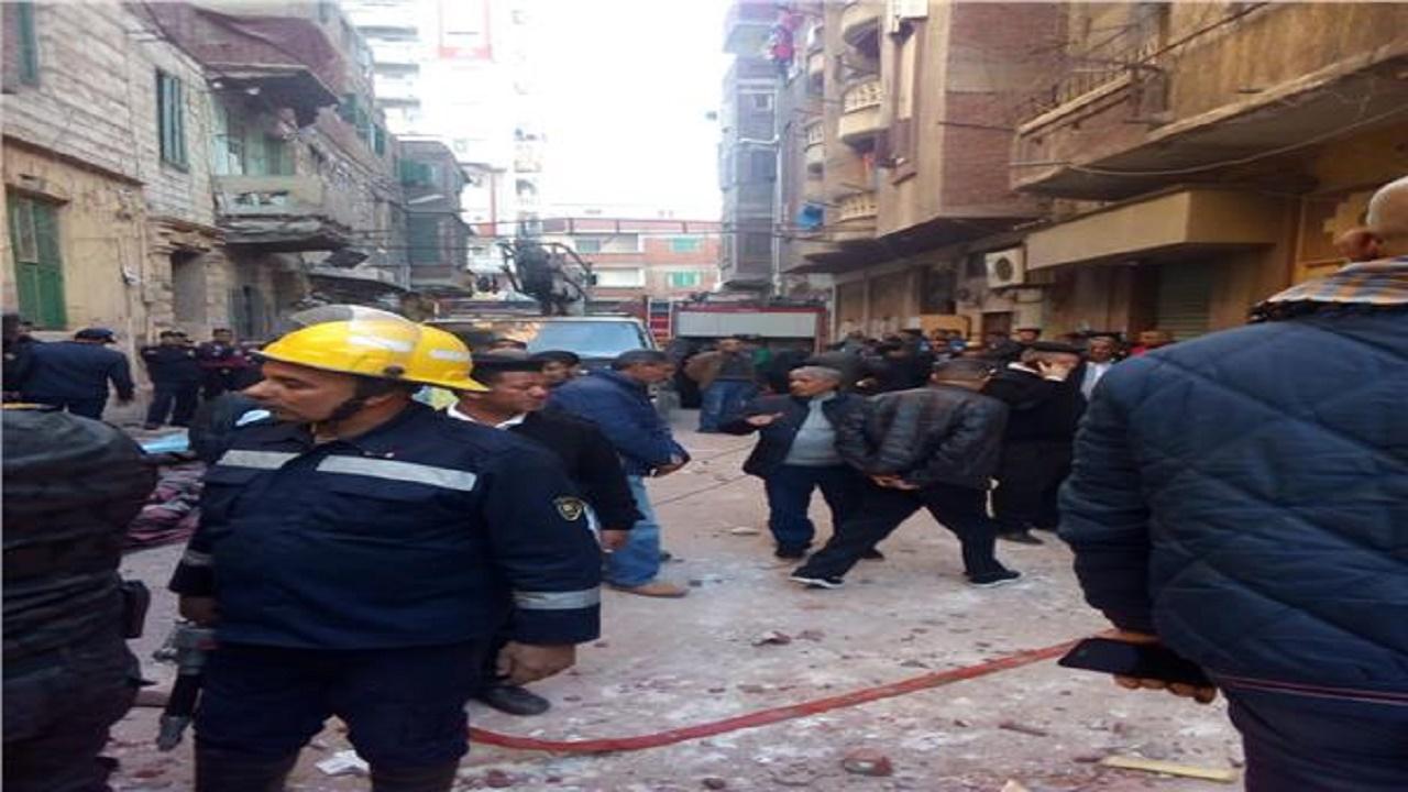 """شاهد.. ضحايا الأمطار الغزيرة في مصر """"وفاة طفل وانهيار 5 منازل"""""""