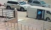 بالفيديو.. تفاصيل القبض على ٣ متورطين في سطو على أموال بالرياض