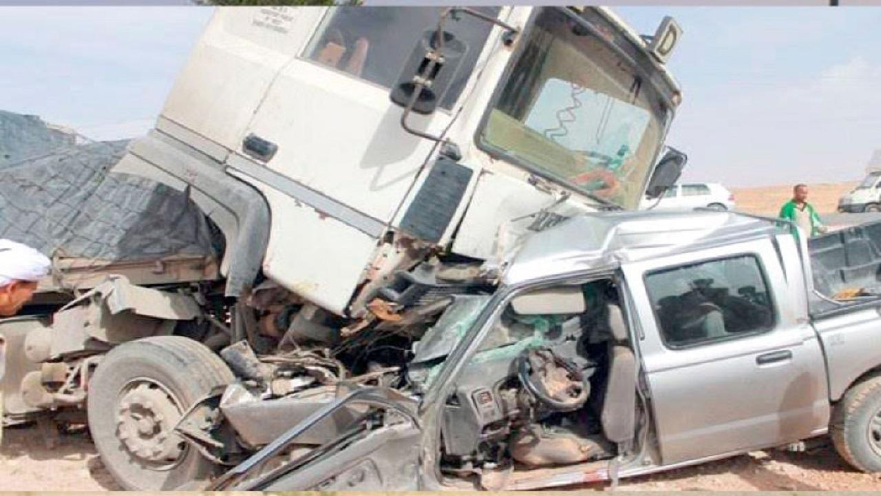 إصابات في حادث اصطدام على طريق الساحل بمكة