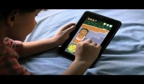 مخاطر إسراف الأطفال في الألعاب الإلكترونية