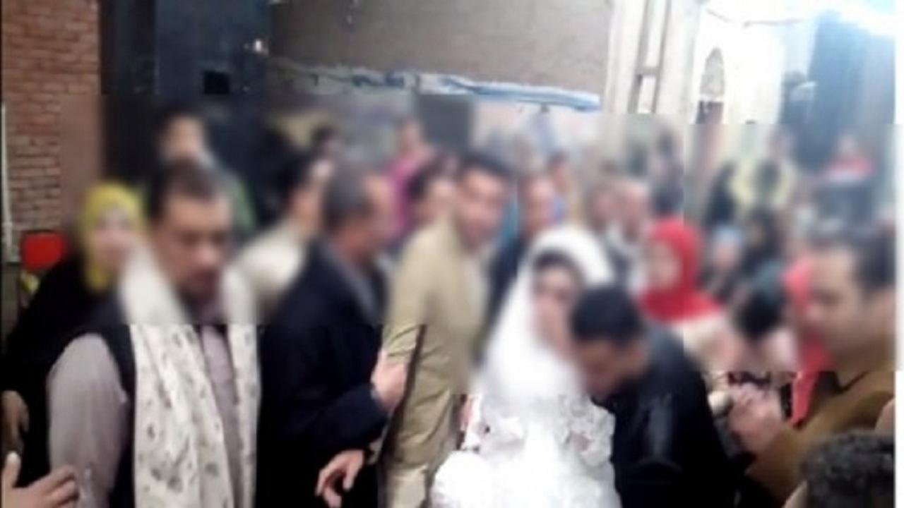 حفل زفاف يُصيب 7 ويقتل 2 ويفرض حجرًا صحيًا على القرية بأكملها