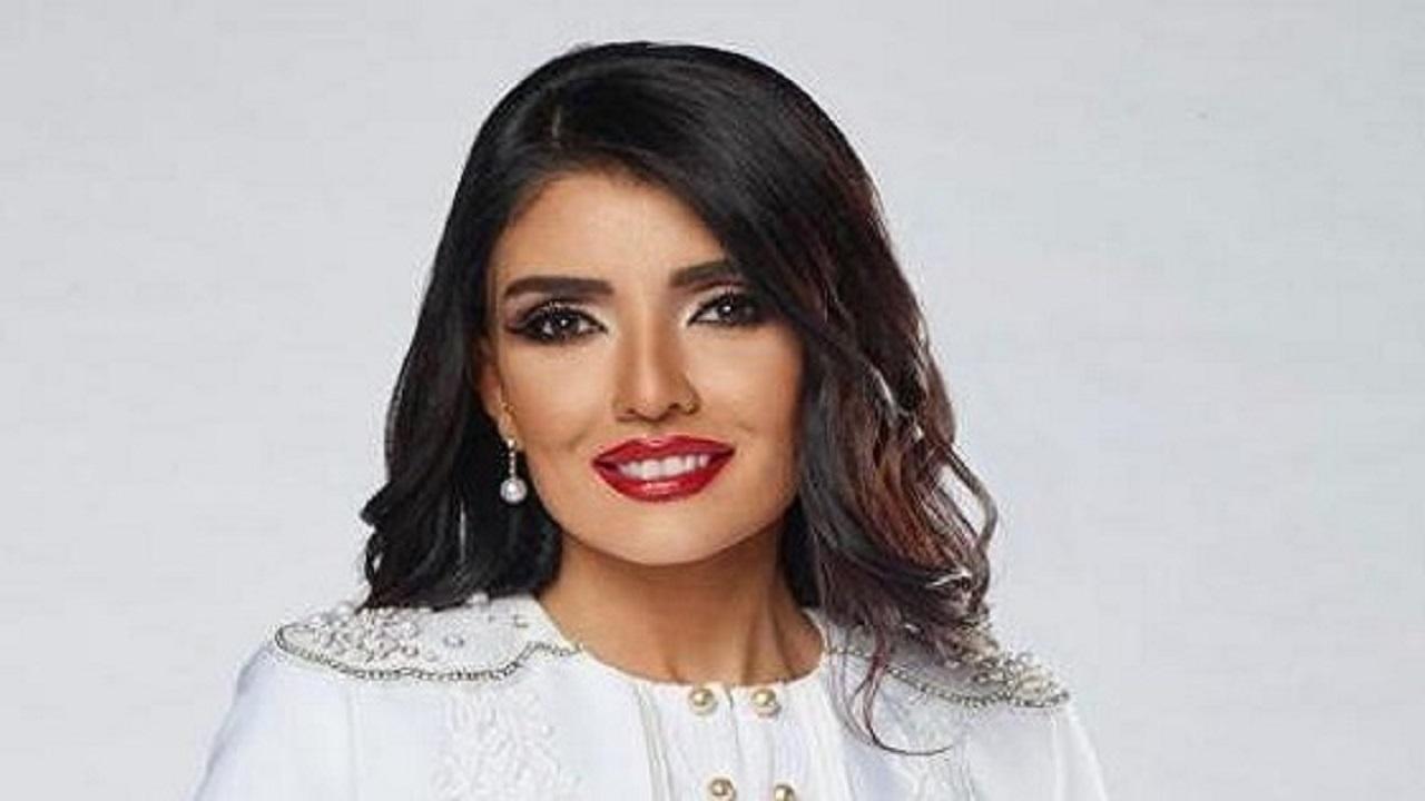 مواطنة تروي موقفًا لها مع سائقها: هذا تعلمته من الملكة نادين البدير