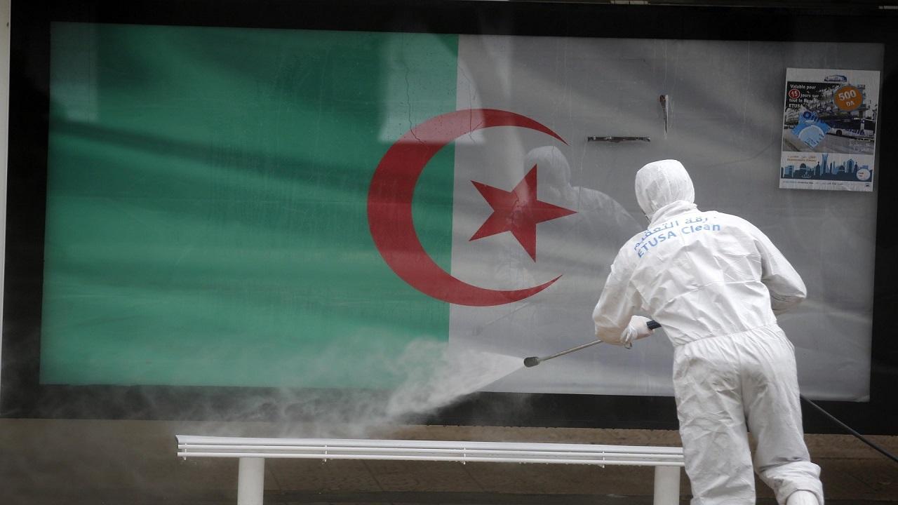 فتوى جزائرية تحرم نشر الشائعات حول الوباء العالمي