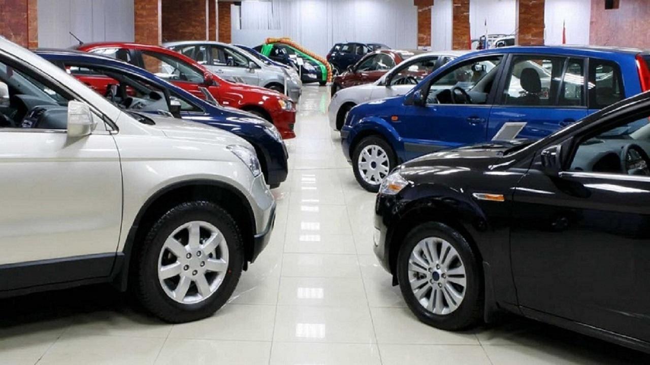 حقيقة انخفاض أسعار السيارات بعد انهيار المبيعات