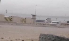 قصف شركة نفط أمريكية بالعراق بـ 3 صواريخ (فيديو)