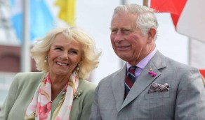 بالصورة..الأمير تشارلز يحتفل بعيد زواجه الـ15