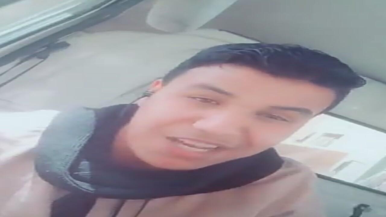 """مقيم مصري عن رمي العمالة في صحراء الكويت: """"احنا فدانا أبونا سلمان"""" (فيديو)"""