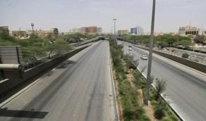 بالصور.. شوارع وأحياء الرياض بعد تطبيق منع التجول لمدة 24 ساعة