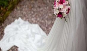 عروس تصر على استكمال زفافها رغم وفاة والدها في بداية الحفل !