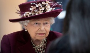 إليزابيث توجه كلمة نادرة لشعبها