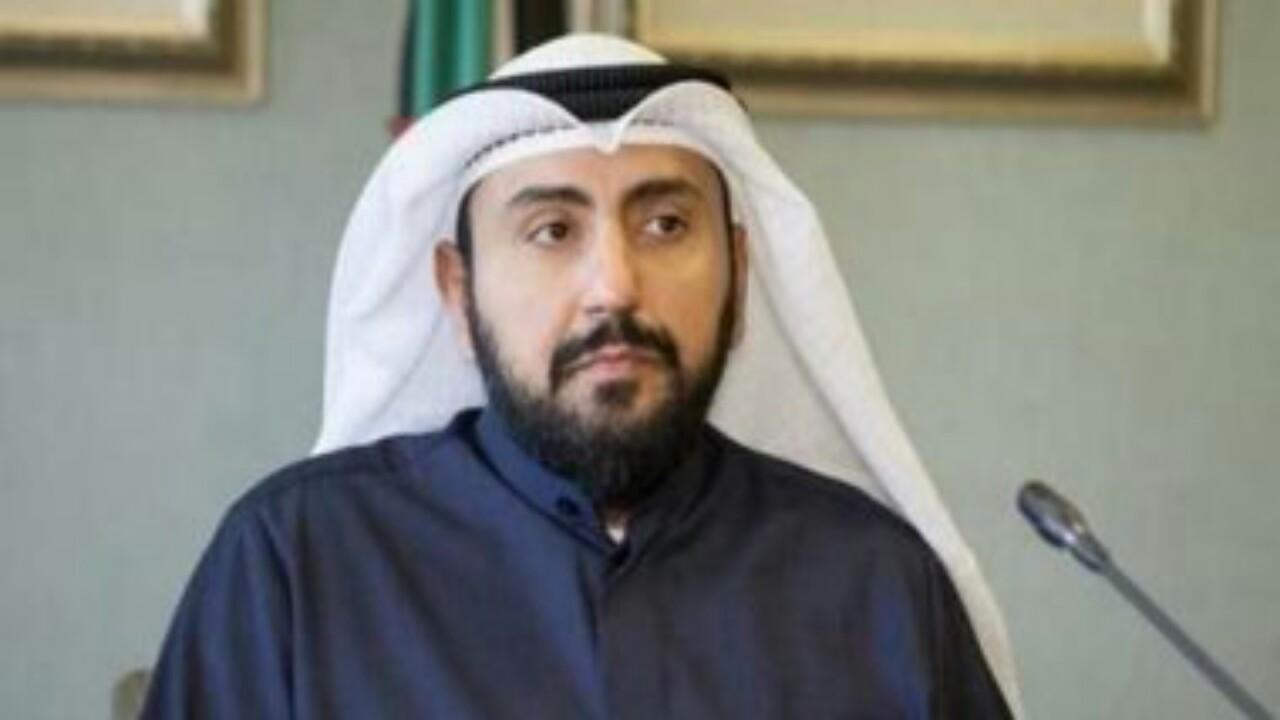 وزير الصحة الكويتي يتوقع استمرار أزمة الفيروس حتى بداية العام المقبل (فيديو)