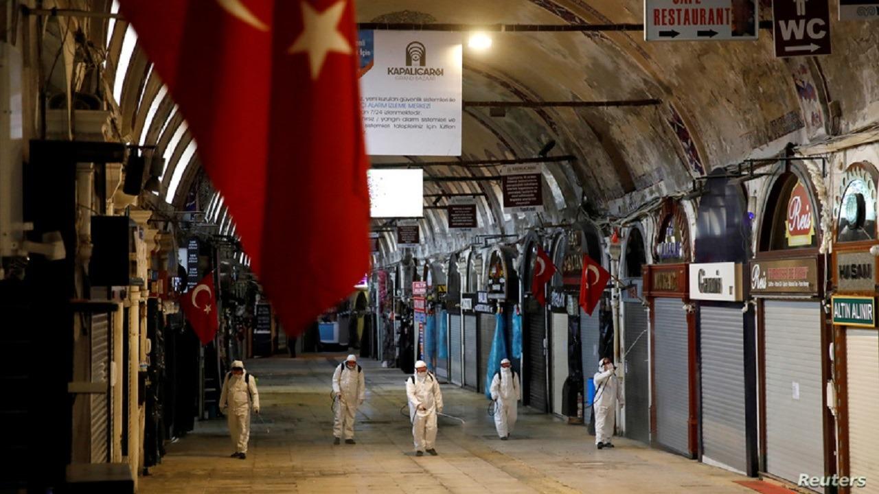 تركيا تشهد كارثة طواقم طبية والوضع يزداد سوءًا