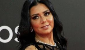 بالفيديو.. رانيا يوسف تطلب من جمهورها اسم لكلبها الوليد