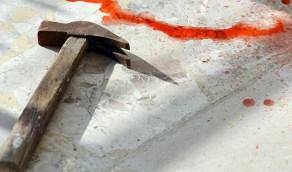 مقتل فتاة على يد شقيقها بمطرقة بسبب التابلت