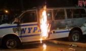 شاهد.. حرق العلم الأمريكي على متن سيارة شرطة مشتعلة