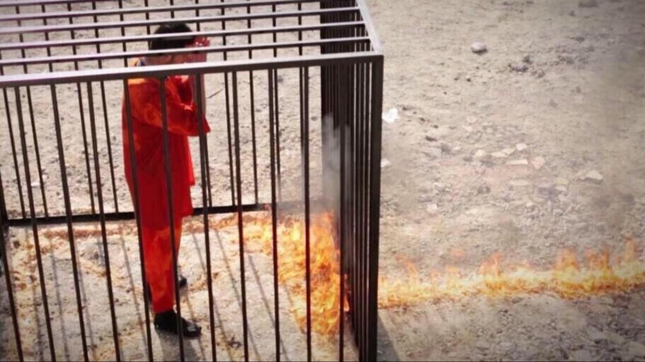 قيادي داعشي يزيح الستار عن أسرار خطيرة بشأن حرق الطيار الأردني