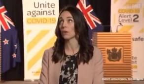 بالفيديو..ردة فعل رئيسة وزراء نيوزيلندا لحظة وقوع زلزال