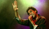 محمد منير يكشف تدهور وضعه الصحي ويبكي في حفل أونلاين