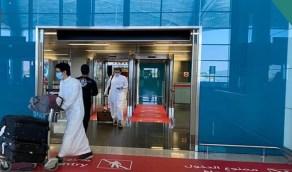 وصول أول رحلة بعد استئناف الرحلات الداخلية بمطار الملك خالد الدولي