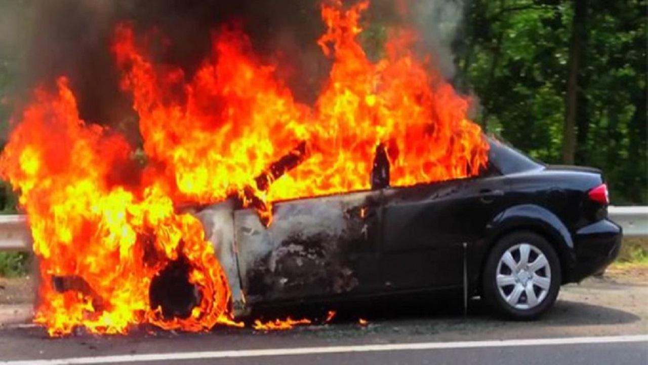 معقم يتسبب في نشوب حريق بسيارة