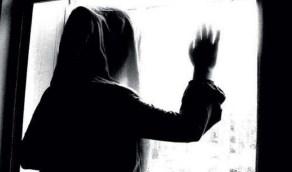 معاناة سيدة هجرها زوجها ورفض تطليقها منذ 5 سنوات
