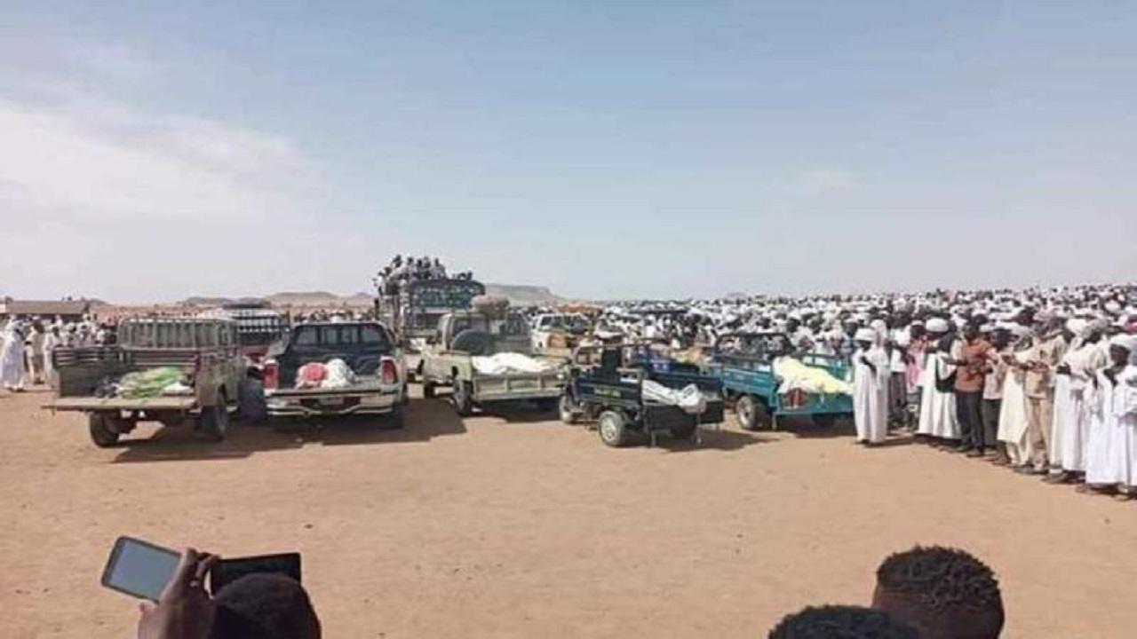مقتل نحو 60 سودانيًا في اصطدام مروع بين شاحنتين