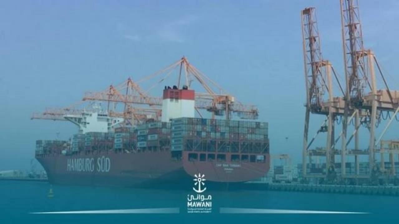 تدشين ممرات عبور تجارية تربط بين موانئ ومطارات المملكة