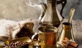 طبيب يحذر المرضعات من كثرة شرب القهوة العربية