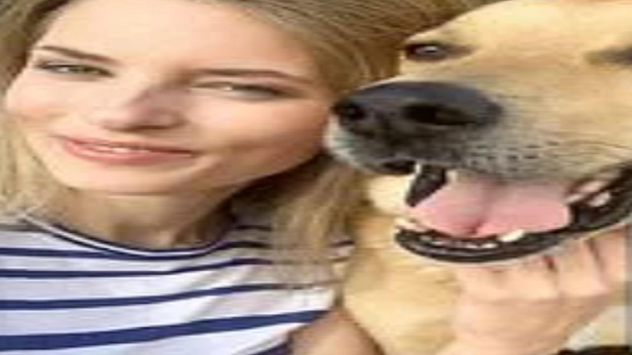 بالصور..كلب عارضة أزياء شهيرة يشوه وجهها
