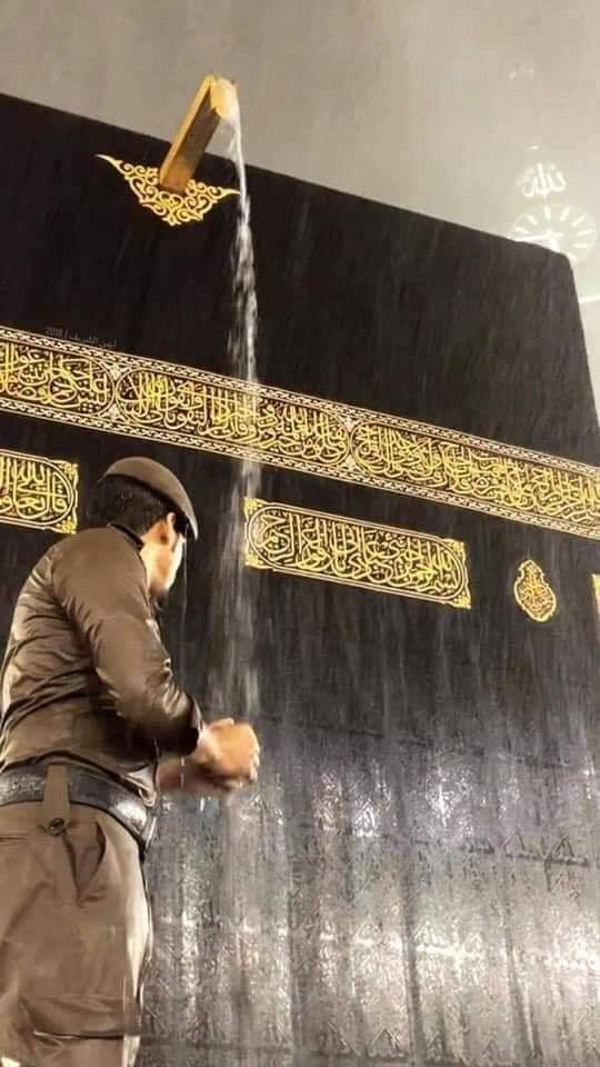أمطار ليلة أمس على المسجد الحرام