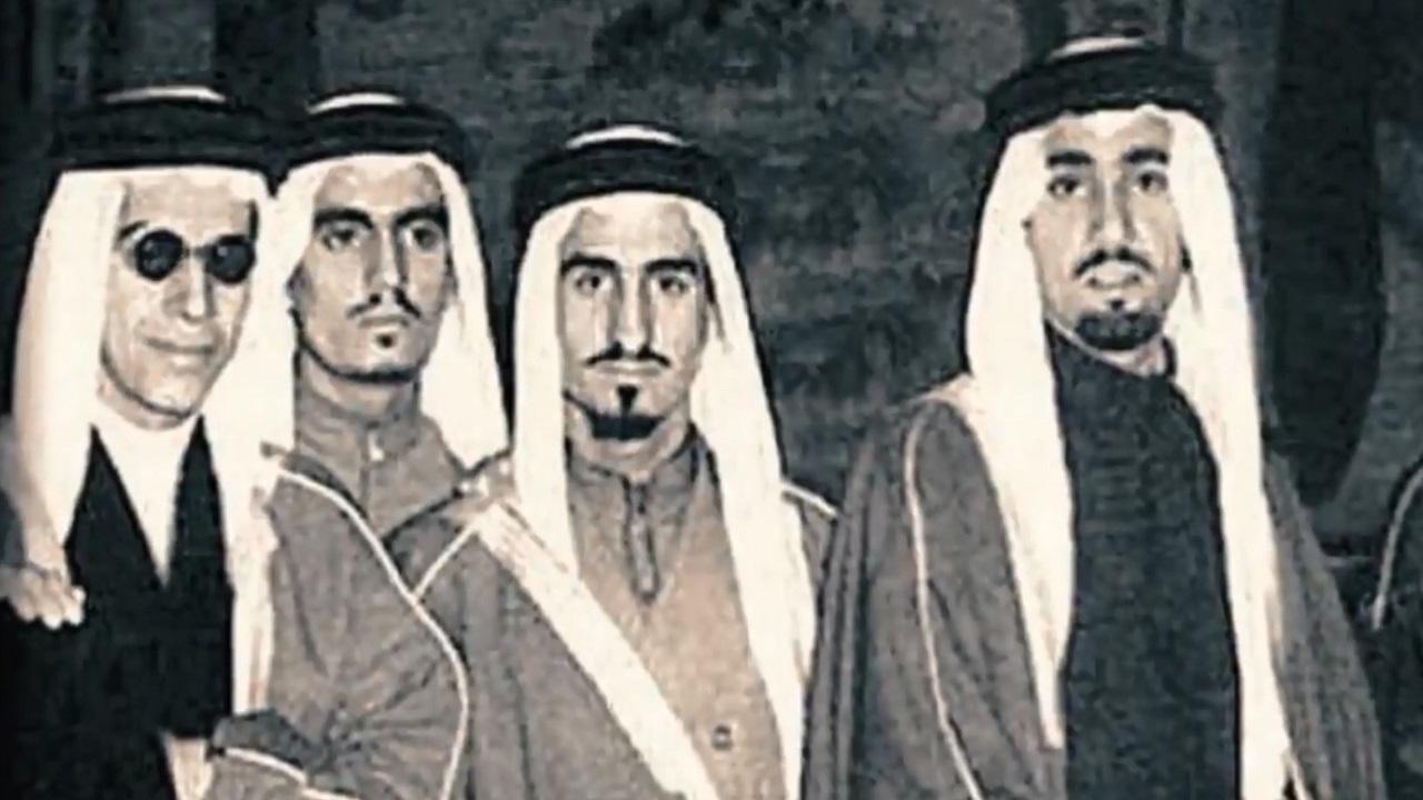 شاهد.. لقطات نادرة من حياة الأمير بندر آل سعود