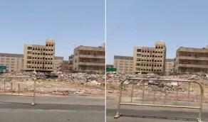 بالفيديو.. إزالة محلات العنبرية في المدينة المنورة