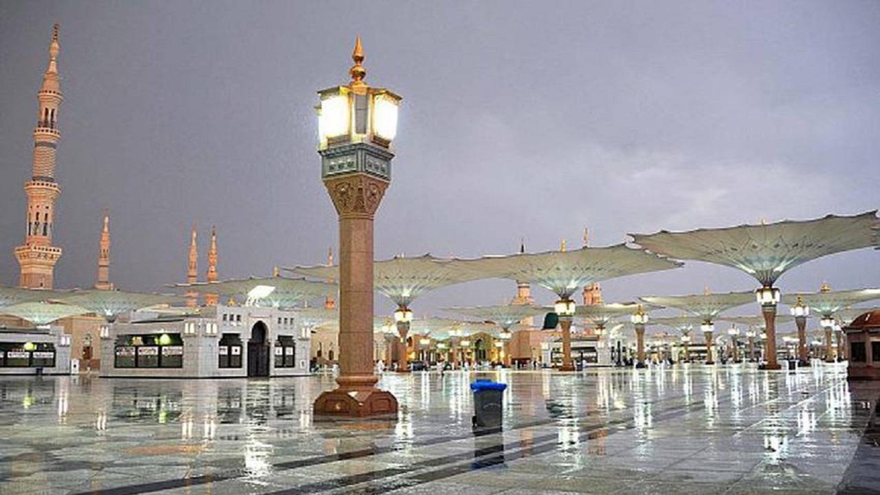 استمرار الأمطار الرعدية بالمدينة المنورة
