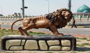 بالصور.. مجسم «أسد الله الغالب» يثير موجة غضب في بلد عربي