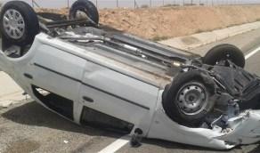 إصابات إثر انقلاب سيارة على  طريق الساحل