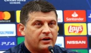 """طلب جديد لـ""""ميلوفيتش"""" يهدد وجود محترفين بالأهلي"""