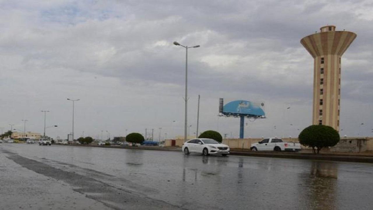 مدني جازان يحذر من مخاطر التقلبات المناخية المصاحبة للأمطار