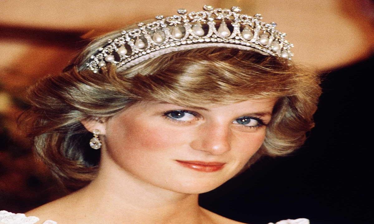 تسجيلات صوتية تفضح محاولة انتحار الأميرة ديانا