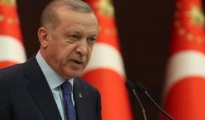 شاهد.. أردوغان يتسلح بالجهل ويهدم مكتبة لحزب الشعوب الديمقراطي