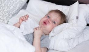 تعرفي على الطرق الطبيعية لعلاج طفلك من السعال