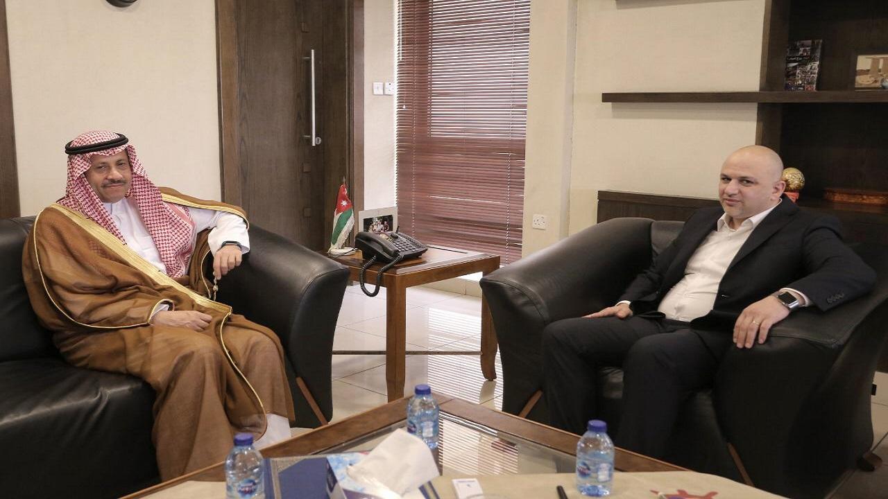 سفير المملكة لدى الأردن يلتقي وزير الاقتصاد الرقمي والريادة الأردني
