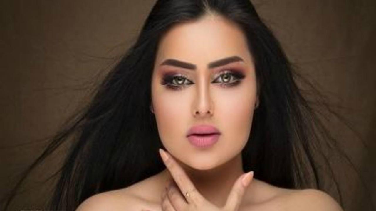 شاهد.. انتقادات حادة ضد مودل شمسبسبب استعراض نحافة خصرها