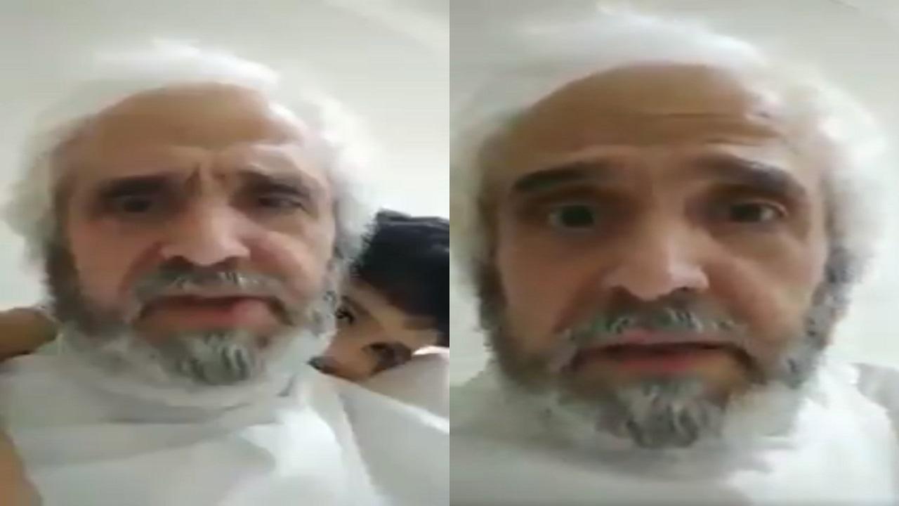"""بالفيديو..شيخ بالأسرة الحاكمة يصف الكويتيين بـ """" الخونة """" بعد الهجوم على المصريين"""